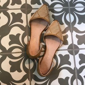 Restricted Tan Gold flats size 6.5